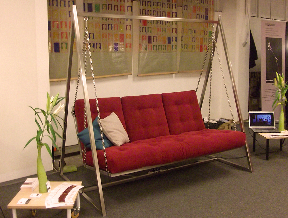 "Swingsofa | Schaukelsofa ""swing+dream"" auf der designbörse Berlin"