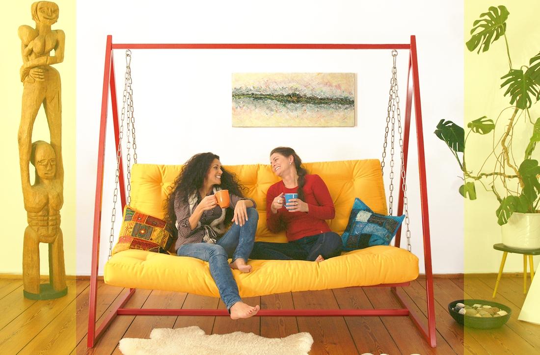 Gemütlichkeit pur - Sofapolsterungen ansehen | Swing Sofa | Schaukelsofa | Hängesofa | Hollywoodschaukelsofa