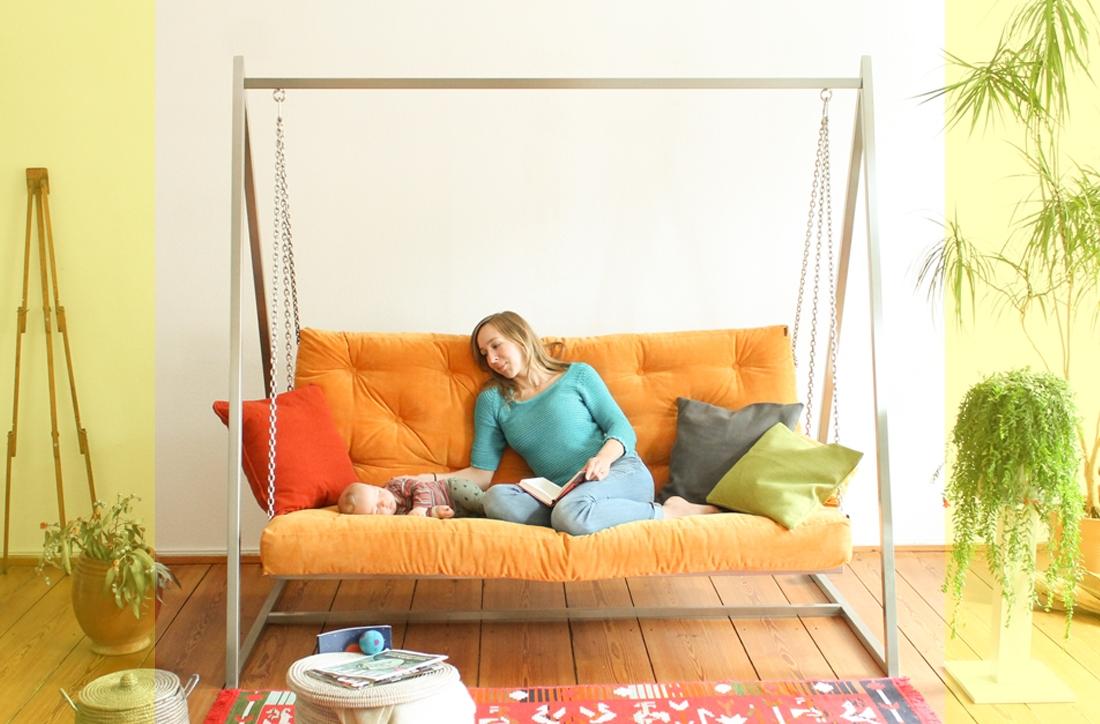 Schaukeln fördert die Gesundheit - News ansehen | Swing Sofa | Schaukelsofa | Hängesofa | Hängeschaukel